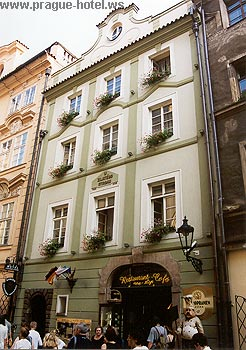 Pictures and photos of hotel U Zlateho Stromu in Prague